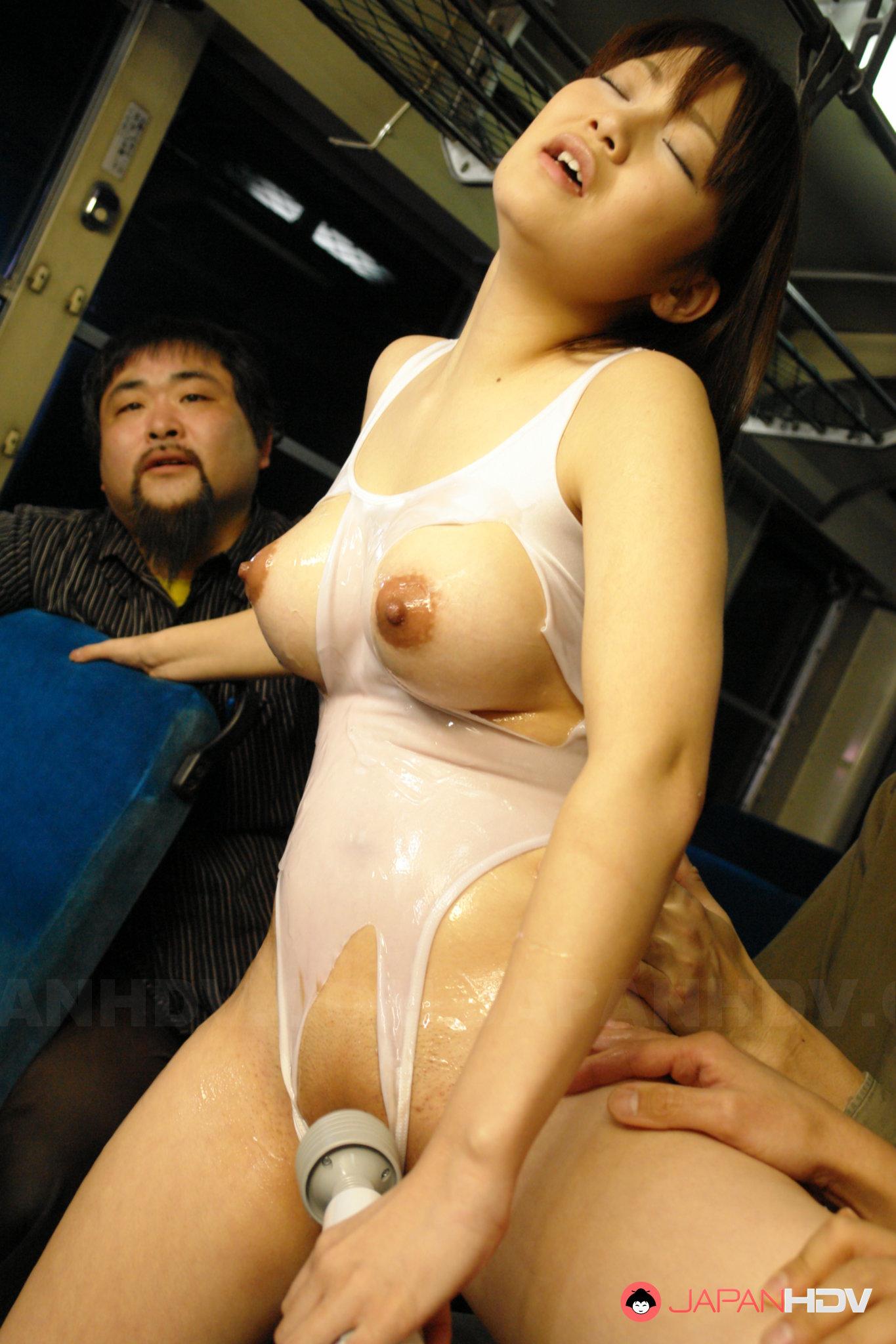 Asian Porn On A Bus horny yayoi yoshino uses a vibrator on bus
